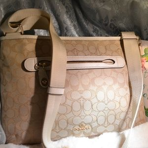Coach Bags - Coach Crossbody